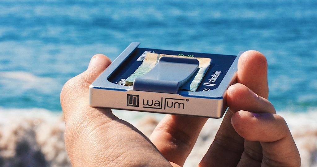 マネークリップ カードケース 金属 カード コンパクト 小さい
