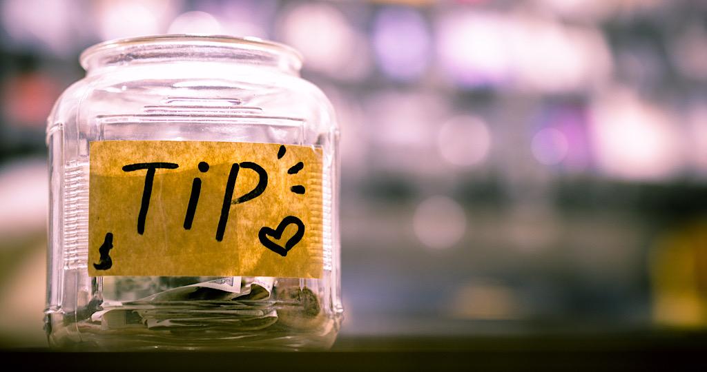 チップ 海外 旅行 お金