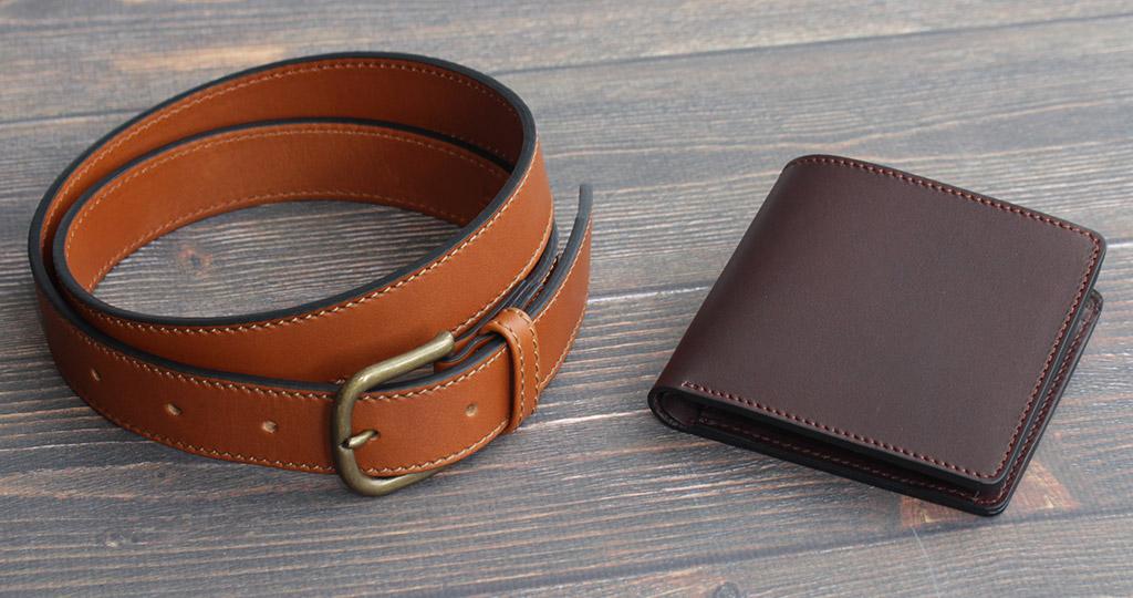 牛革の財布やベルトの画像